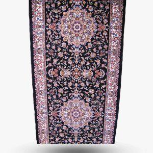 فرش برشی ۷۰۰ شانه طرح گل رز مشکی